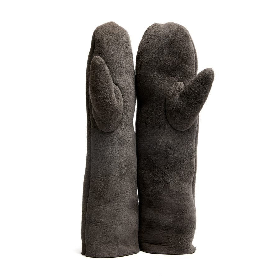 Wool gloves by Studio Rosanne Bergsma