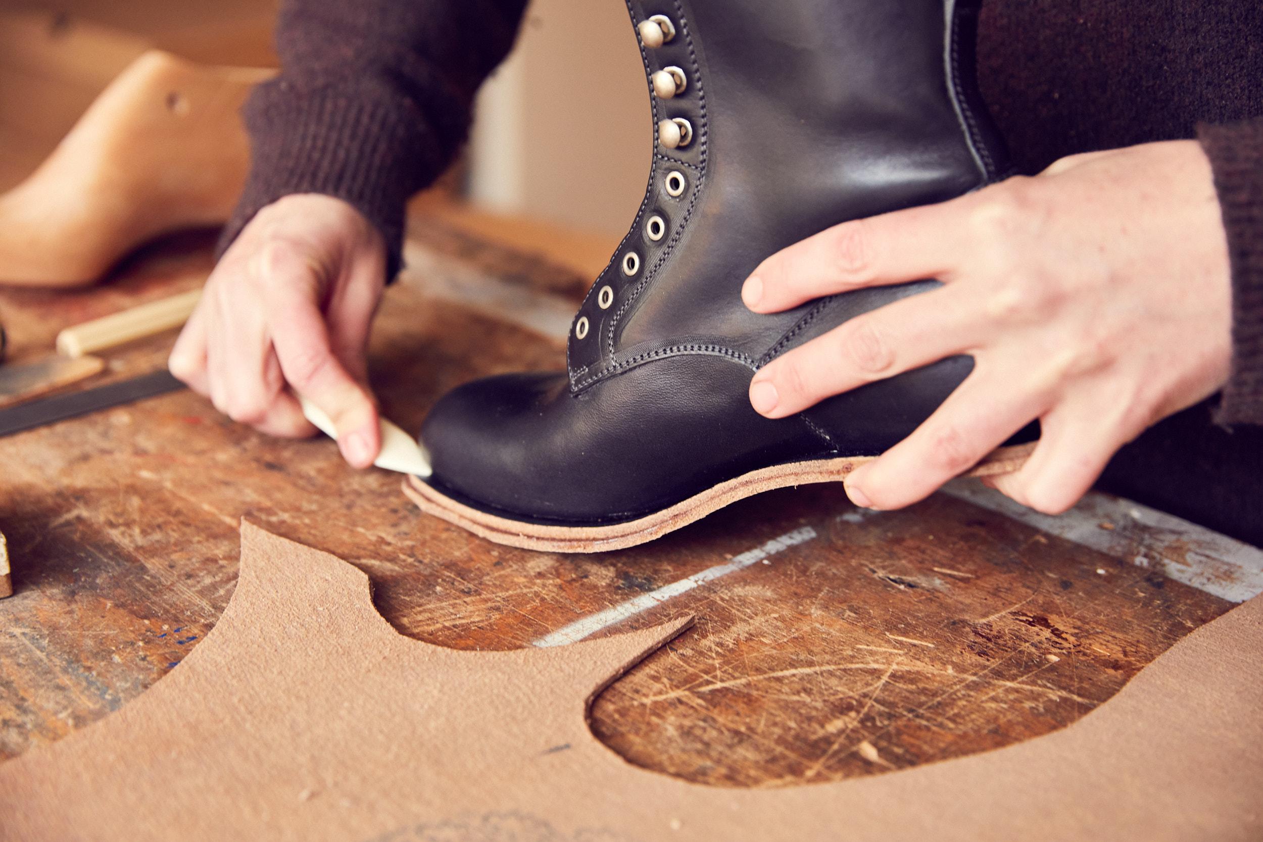 making shoes in Arnhem Studio Rosanne Bergsma